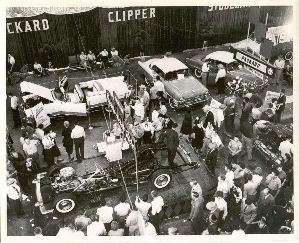 1955 Torsion-Level chassis at Dallas auto show