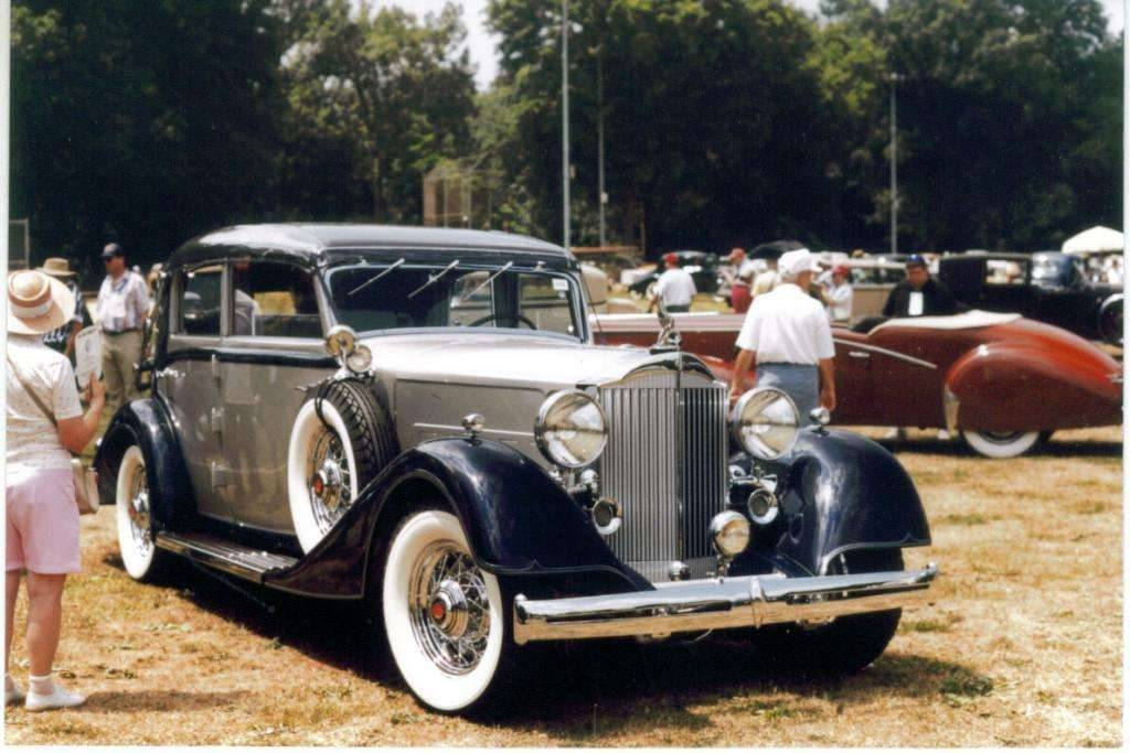 1934 Eight by Glaser