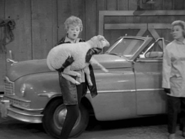 Lucy & Ethel with a '50 Convertible