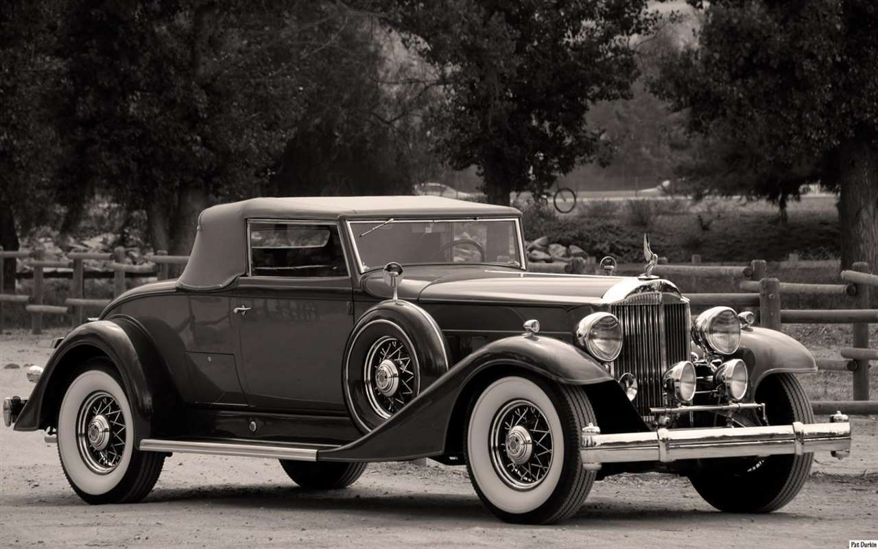 1933 Packard 1004 Super Eight Coupe Roadster
