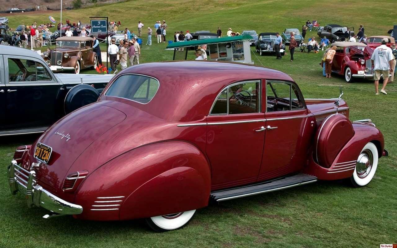 1941 Packard 180 LeBaron sedan - maroon metallic - rvr