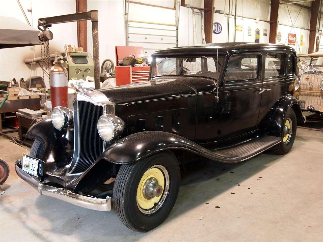 1932 Light Eight sedan