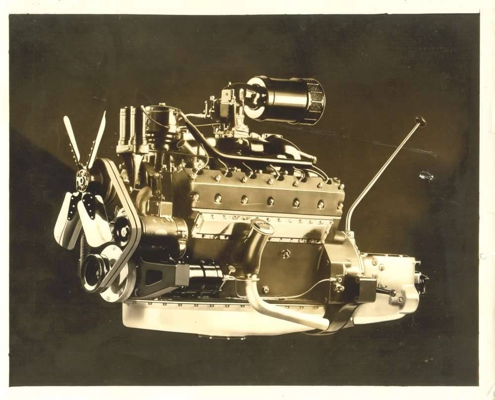1932 Twelve engine-factory picture