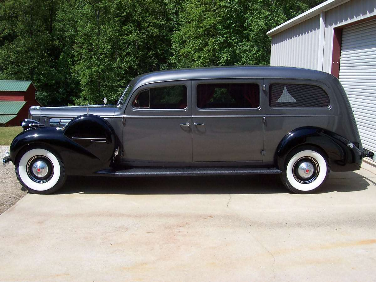 1939 packard 1701-A 1939 packard 1701-A Limousine-Style Hearse by henney motor co.