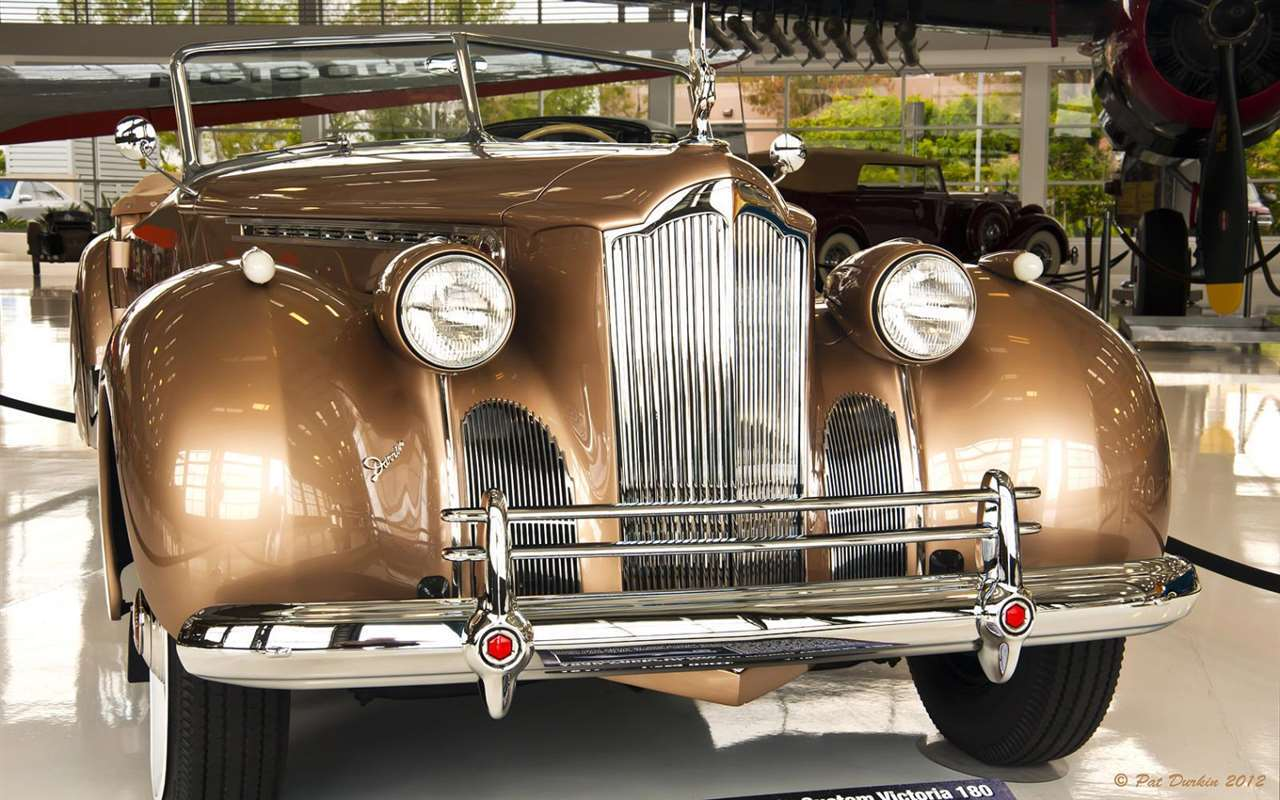 1940 Packard Darrin Super Eight Custom One Eighty Victoria Convertible Coupe