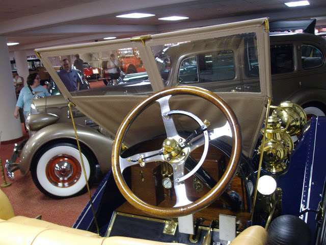 1909 Thirty(UBS) Runabout at Nethercutt Collection 5th Oct 2012