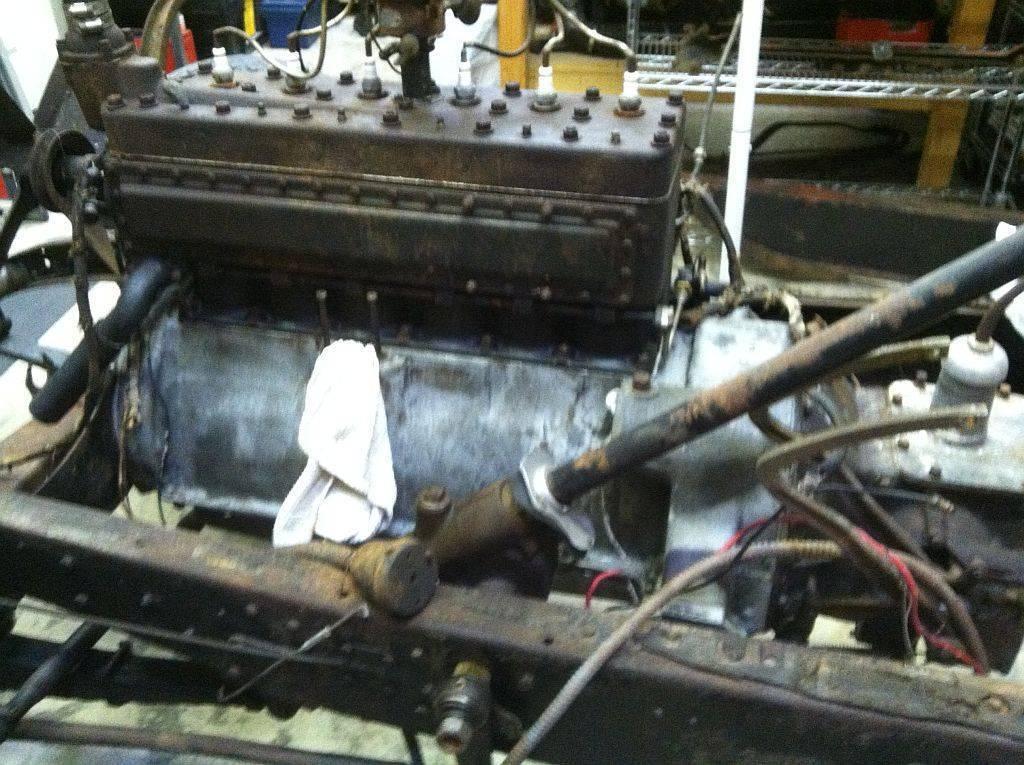 '28 6 cyl engine as found