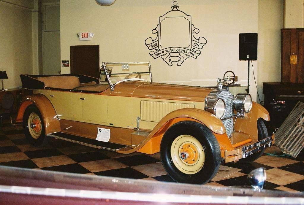 1925 Model 236 Phaeton Speedster body by LeBaron Carrossiers