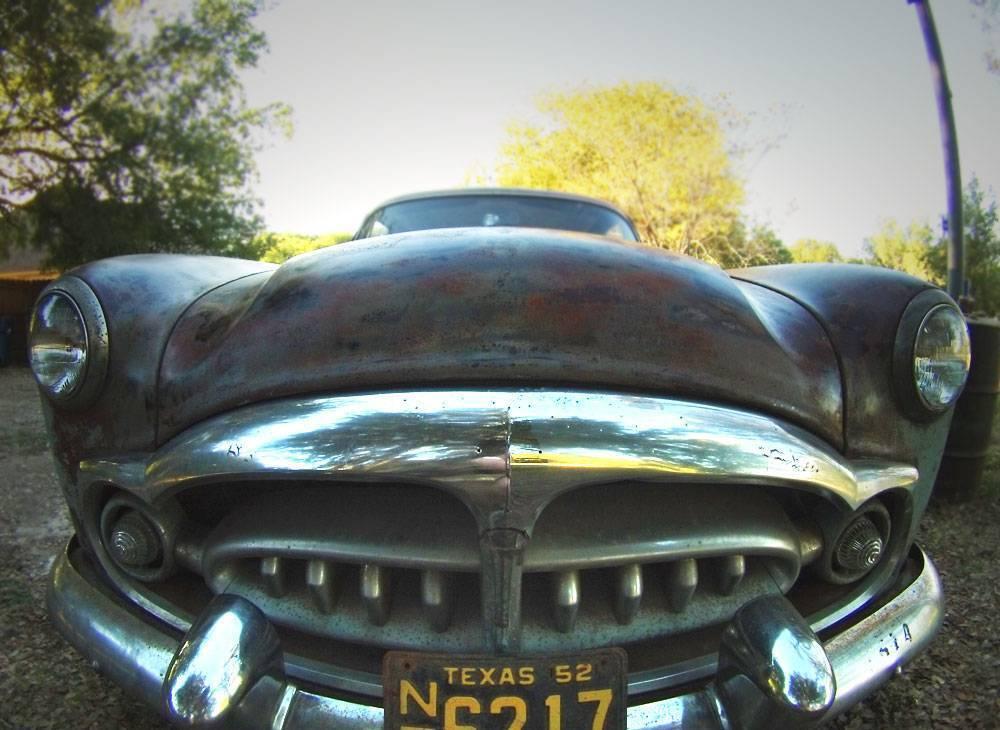 '52 200 DeLuxe (wide)