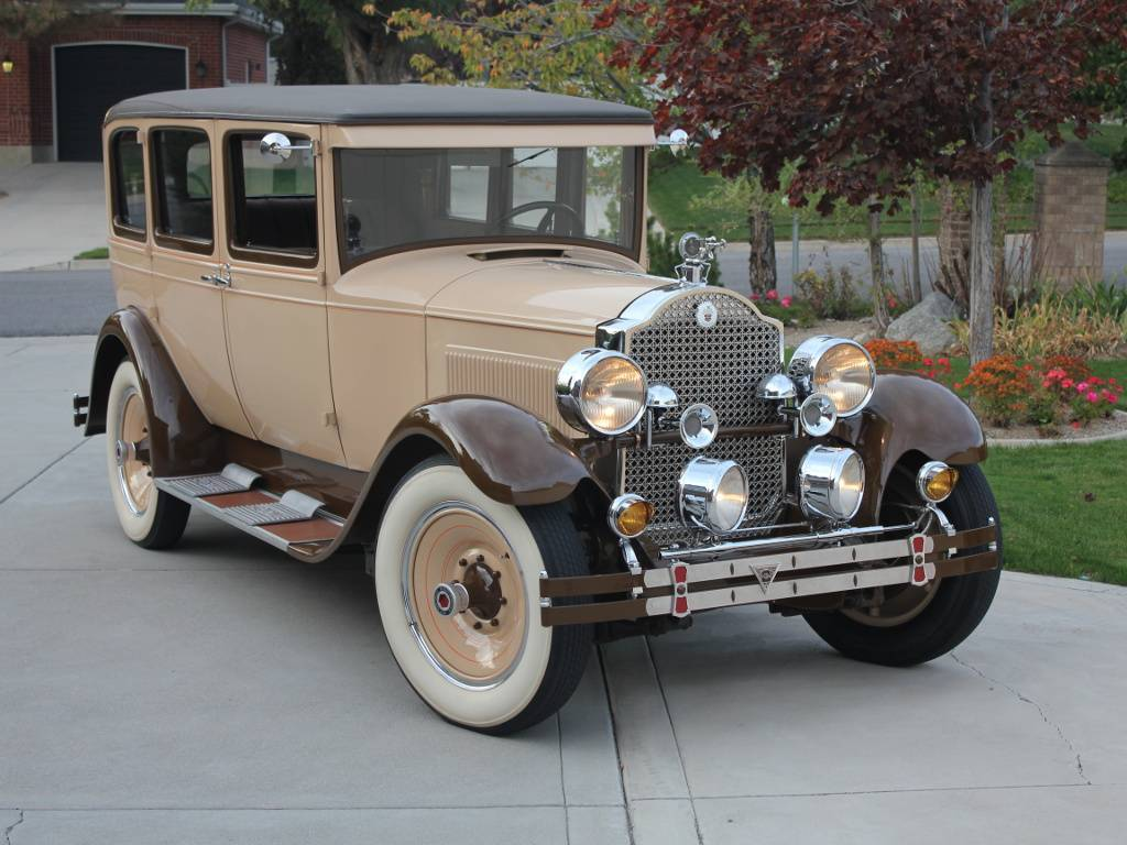 1928 Packard 5-26 Sedan