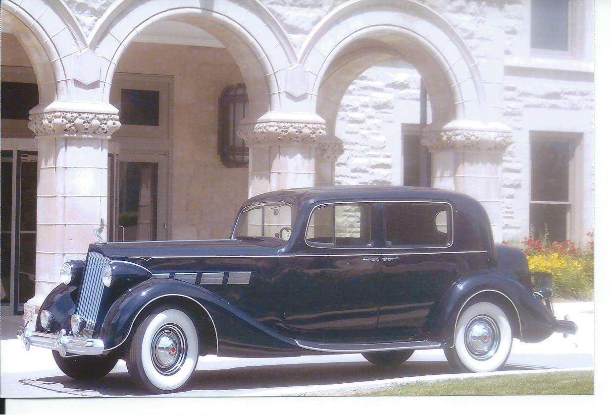 1937 Packard 1501 Club Sedan