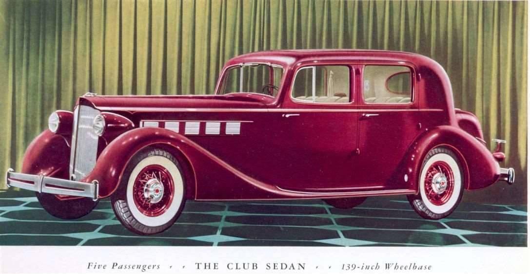 1935_SUPER8_CLUBSEDAN