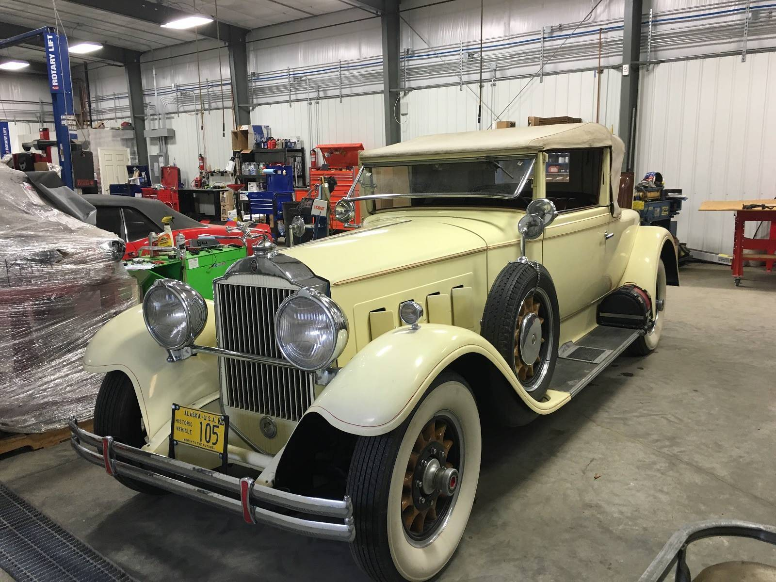 1930 740 Custom 8 Convertible Coupe