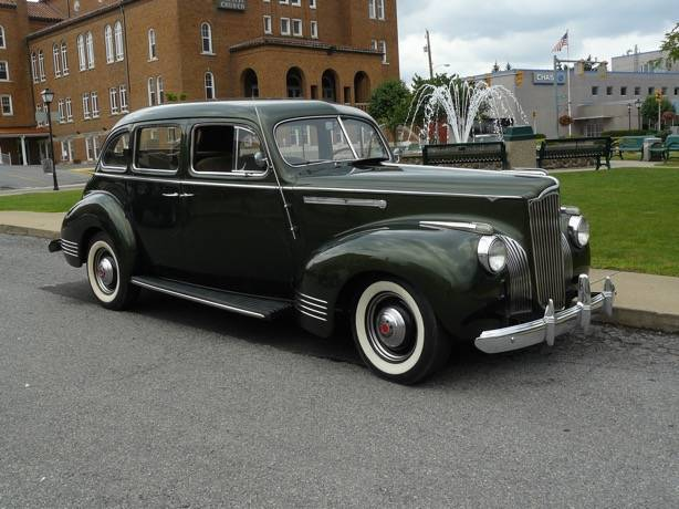 1941 110  sedan