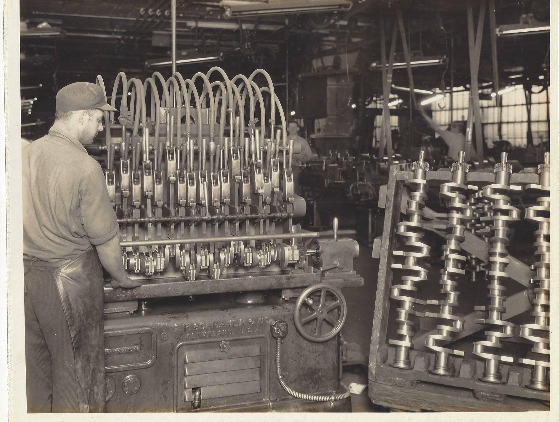 CRANKSHAFT HONING MACHINE - 2777-A