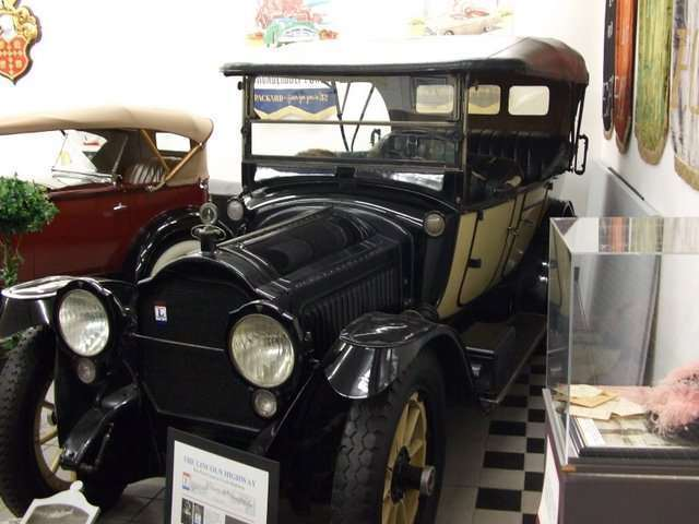 1916 Twin Six Touring