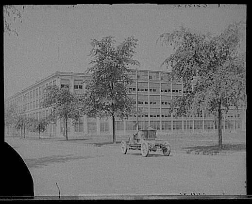 early view of Packard plant