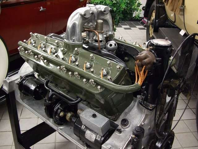 20 Twin Six V12 Engine