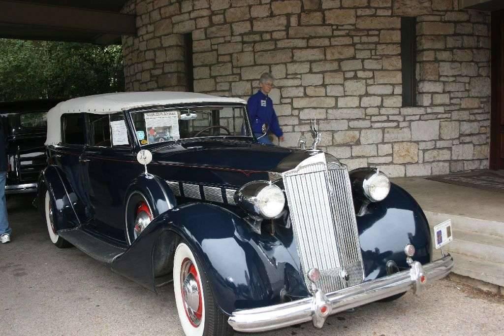 1937 1502 Dietrich Convertible Sedan