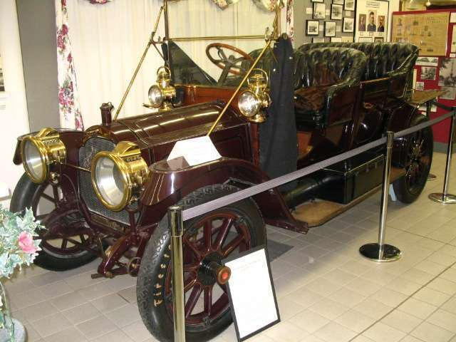 1910 Packard model 18 or model 30