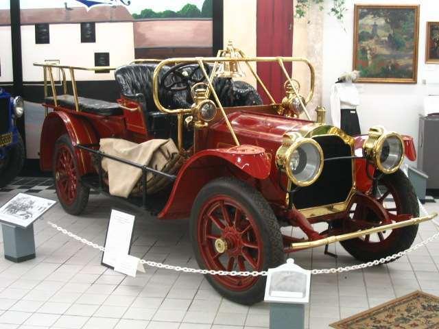 1911 Packard Flying Squad Car