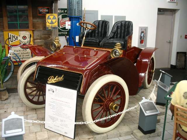 1902-03 Model F Runabout