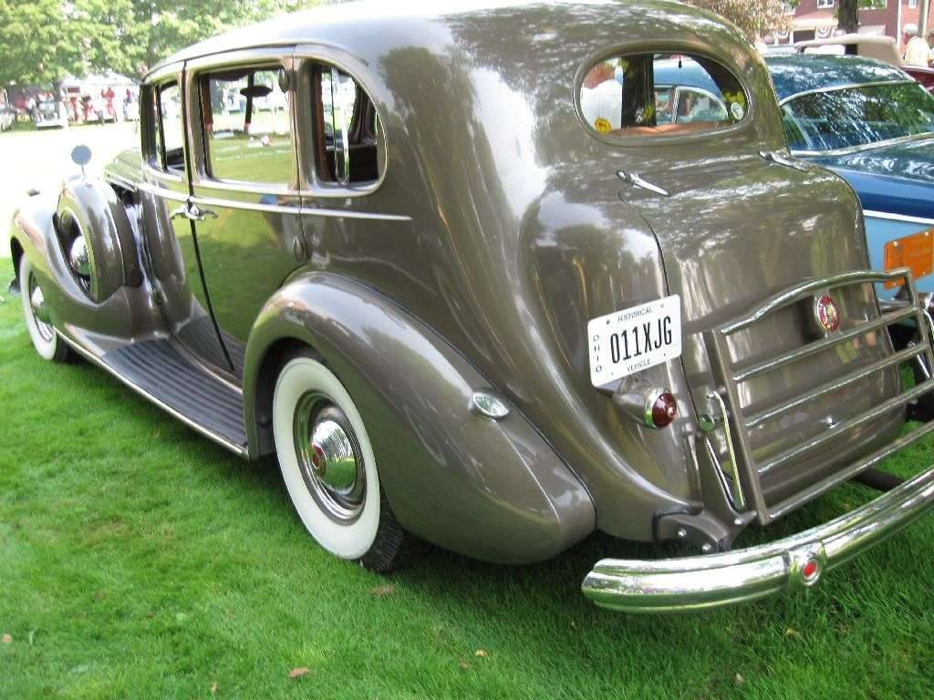 1939 Packard Super 8 Touring Sedan