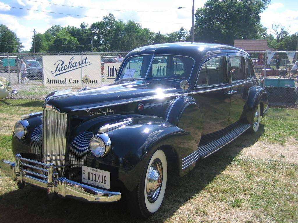1941 180 Limousine, LeBaron. Body number 1420 or 1421