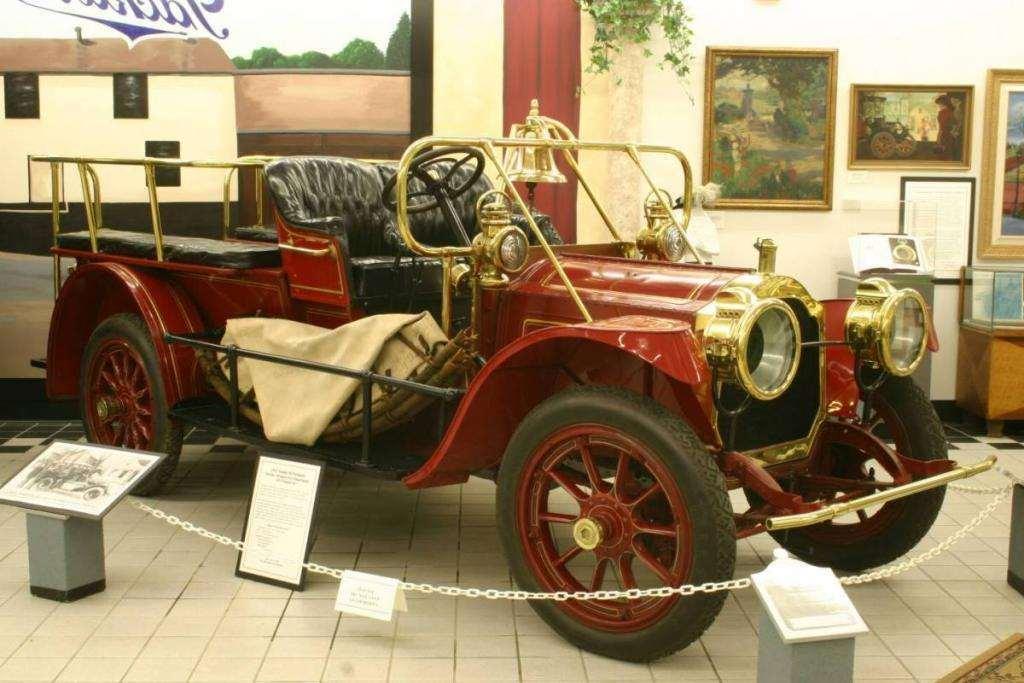1911 PACKARD 30 FIRE TRUCK