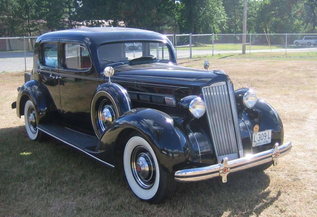 1936 120 club sedan