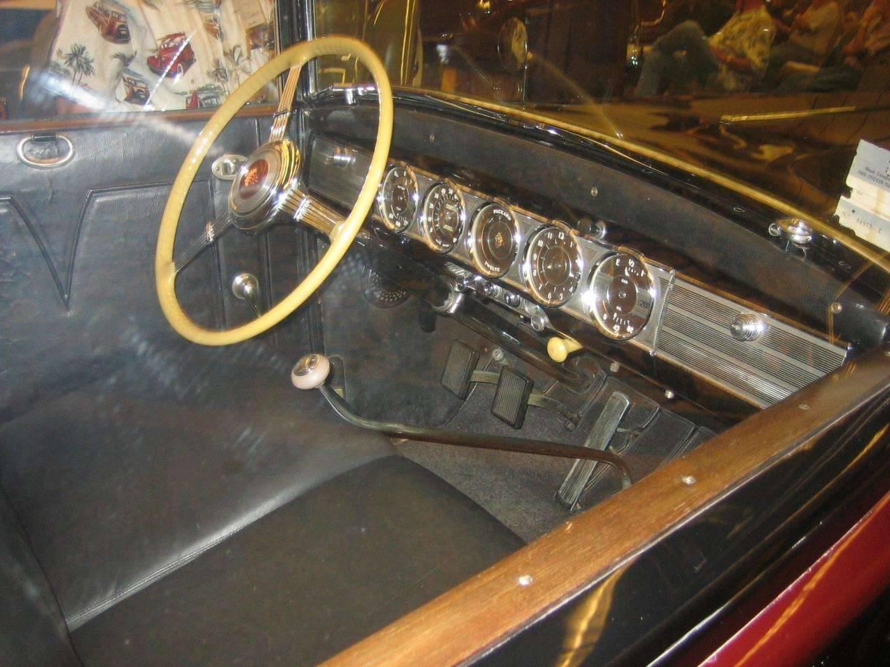1938 12 Super 8 Formal Sedan