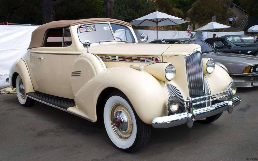 Packard Motor Car Information - 1940 Packard 1379 One ...