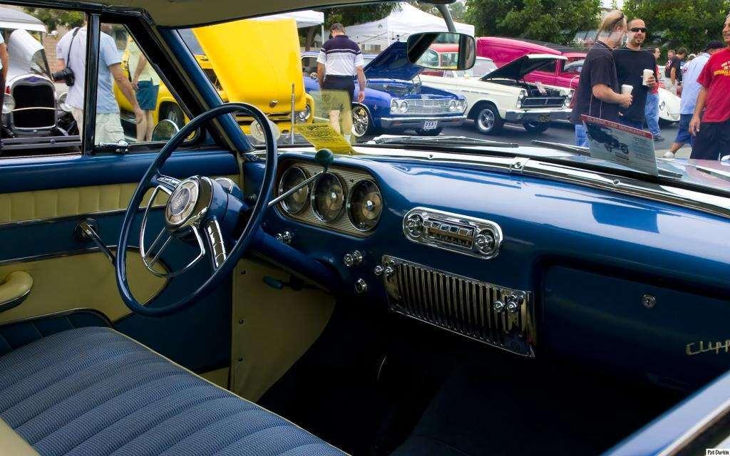 1954 Packard Panama Clipper HT - white over light blue - dash