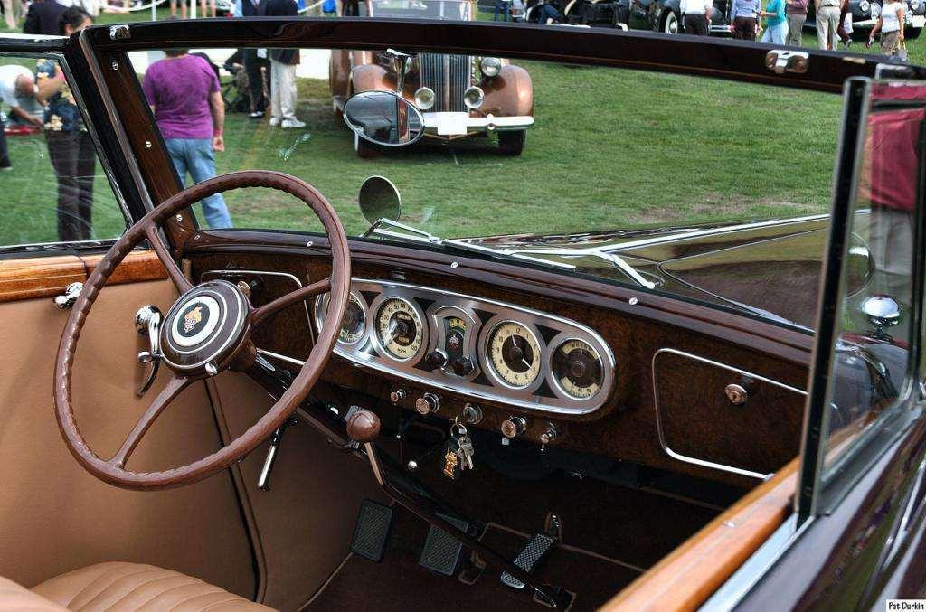 1935 Packard 12 Convertible Victoria - interior