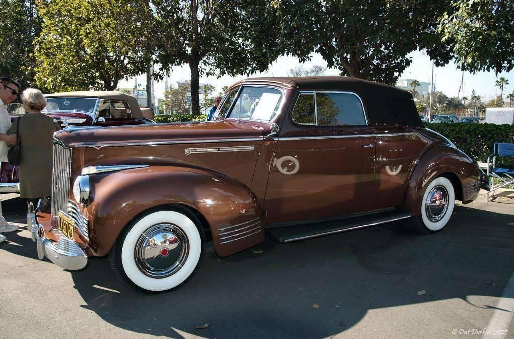1942 Packard 110 convertible - fvl