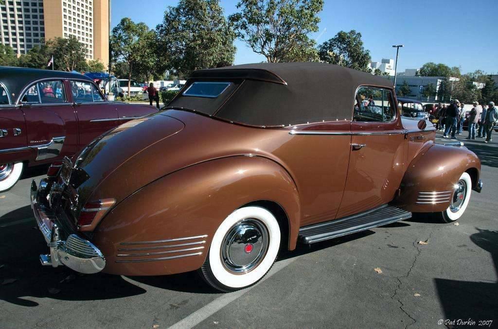 1942 Packard 110 convertible - rvr