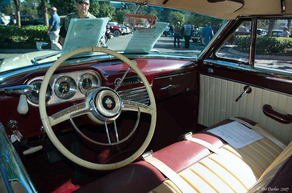 1942 Packard 110 convertible - interior