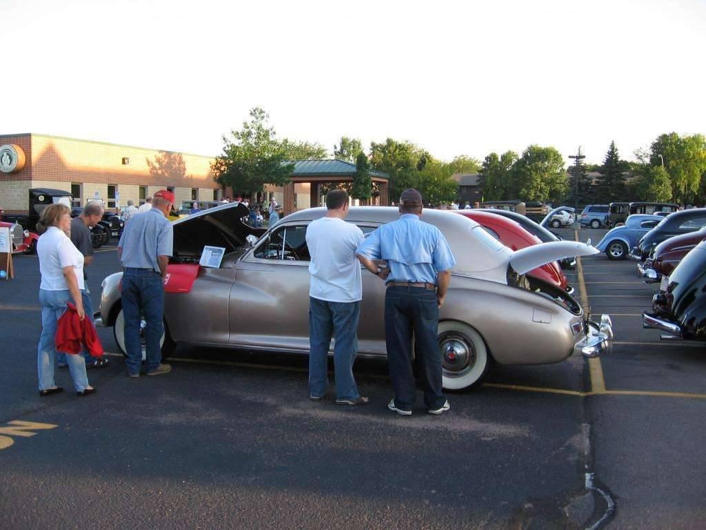 1941 Packard Clipper ~ Sr Citizen Car Show - Sioux Falls ~ 9/08