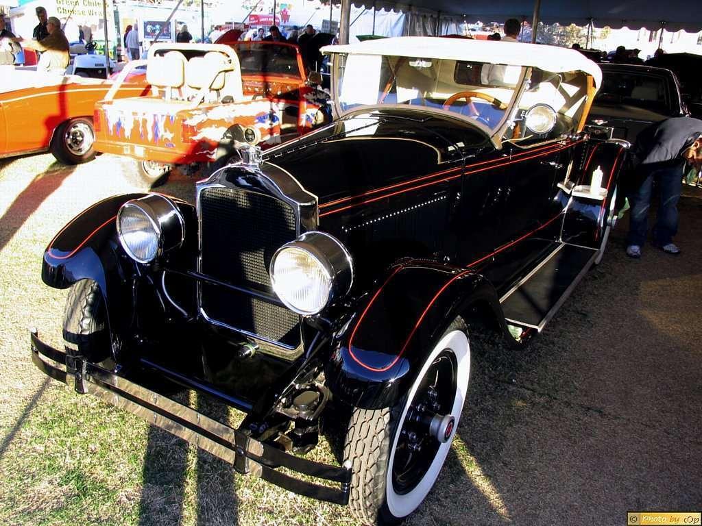 Packard 1926 Third Series 2dr rdstr Blk fvls