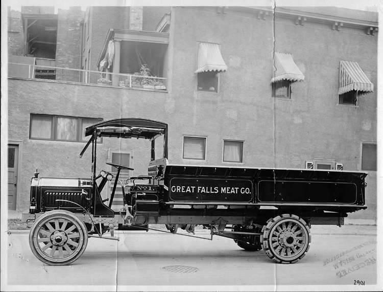1915 PACKARD TRUCK GREAT FALLS MEAT-B&W