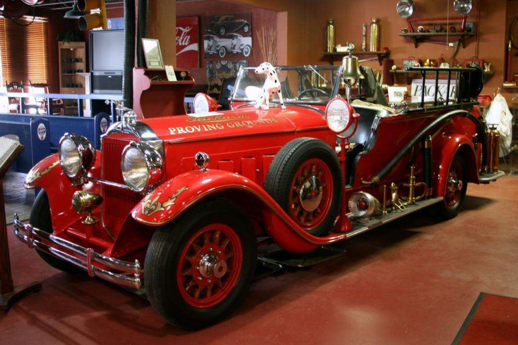 1930 PACKARD 740 FIRE TRUCK CONVERSION