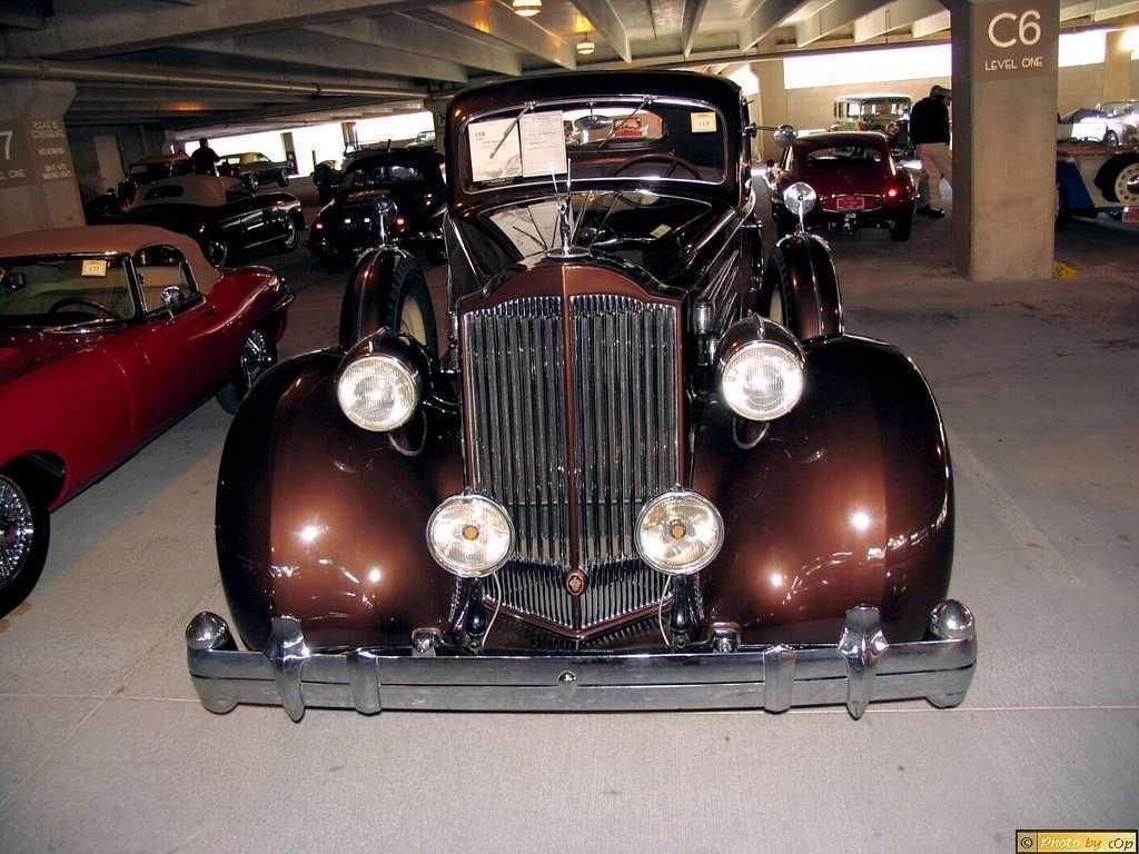 Packard 1935 Twelve 2-4P cpe Mrn front