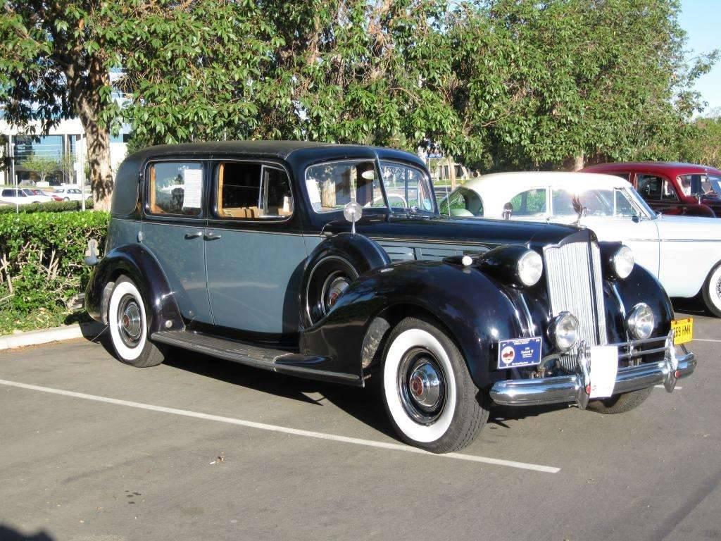1938 Packard 1607 Formal Sedan