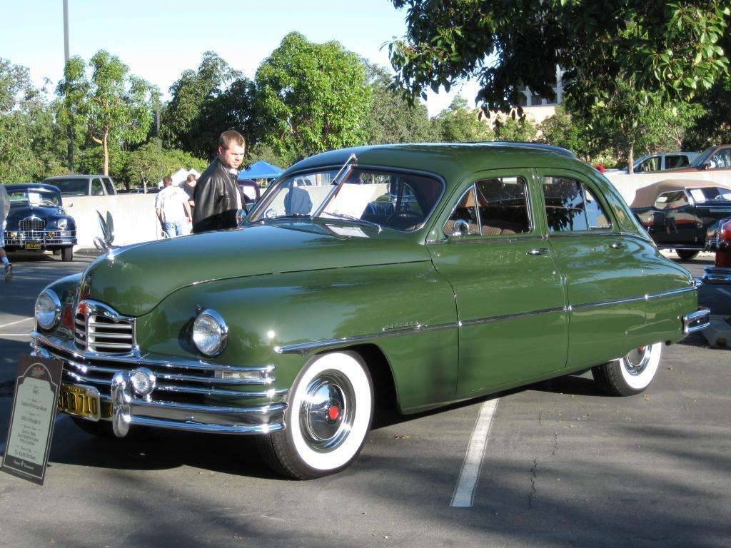 1950 Packard Deluxe 8 Sedan