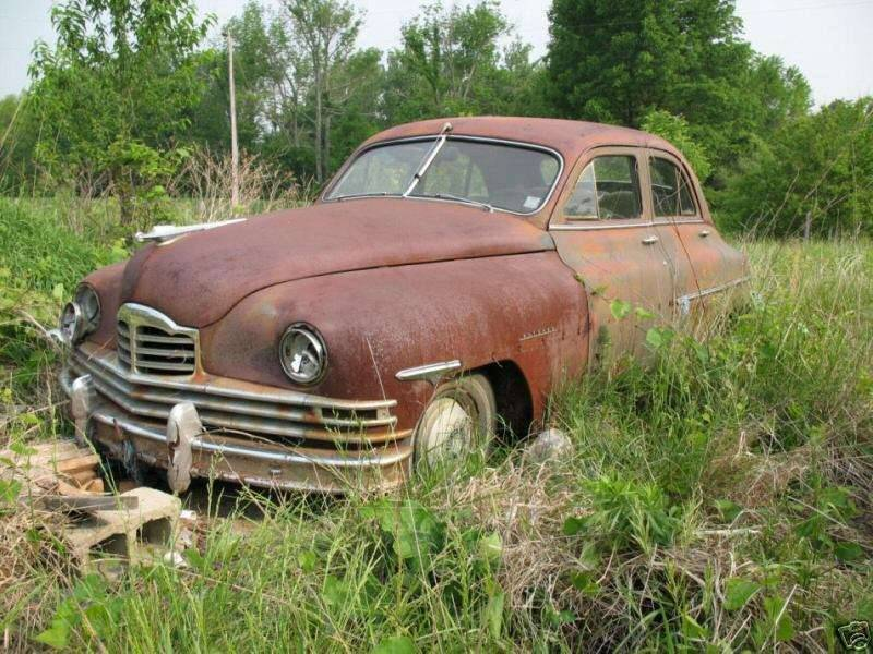 1948-49 PACKARD EIGHT 4DR SEDAN