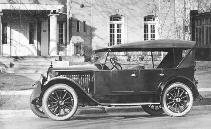 1919 PACKARD SINGLE SIX TOURING-B&W