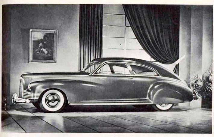 1942 PACKARD CLIPPER SUPER CUSTOM 180 CLUB SEDAN-B&W