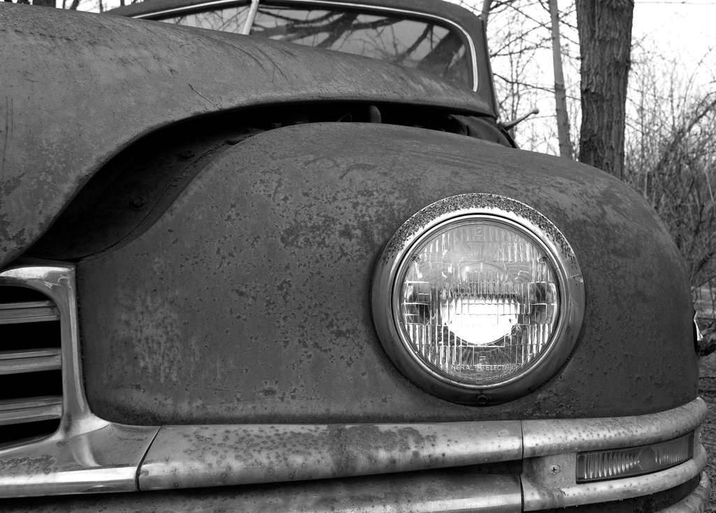 1948 PACKARD EIGHT 4DR SEDAN-LHF