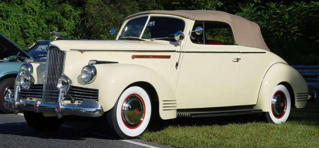 1942 PACKARD EIGHT CONV-CREAM