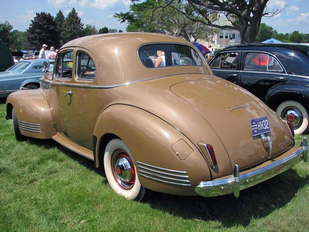 1941 PACKARD 120 EIGHT COUPE